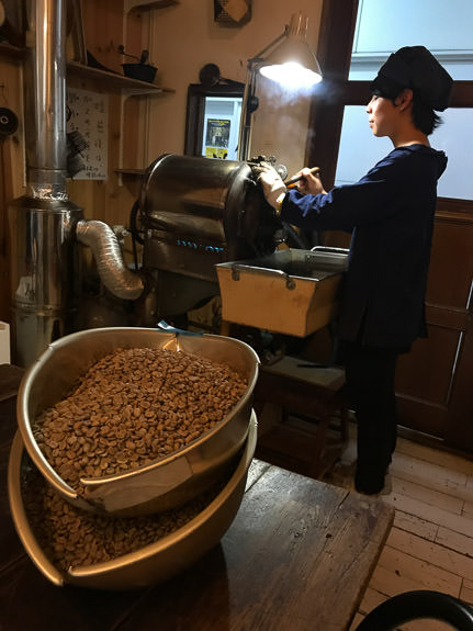 Raw Coffee Beans waiting their turn to roast -- Kafe Kosen (KAFE工船) -- Kyoto, Japan -- Copyright 2018 Jeffrey Friedl, http://regex.info/blog/ -- This photo is licensed to the public under the Creative Commons Attribution-NonCommercial 4.0 International License http://creativecommons.org/licenses/by-nc/4.0/ (non-commercial use is freely allowed if proper attribution is given, including a link back to this page on http://regex.info/ when used online)