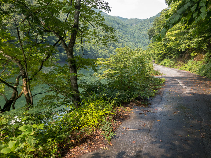 Bypassed by a Tunnel -- Hida, Gifu, Japan -- Copyright 2018 Jeffrey Friedl, http://regex.info/blog/