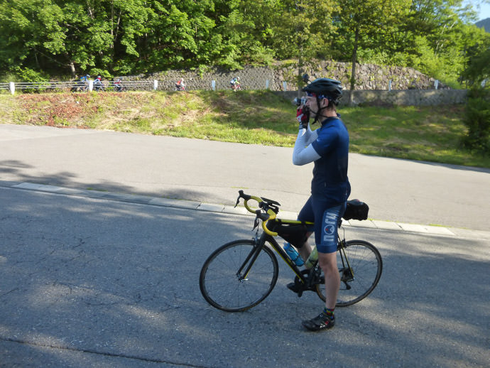 Me, Taking The Photo Above I'd taken my D4 and lenses yesterday, but for this ride just the small LX100 photo by Manseki Kanemitsu -- Mt. Norikura (乗鞍岳) -- Matsumoto, Nagano, Japan -- Copyright 2016 Manseki Kanemitsu