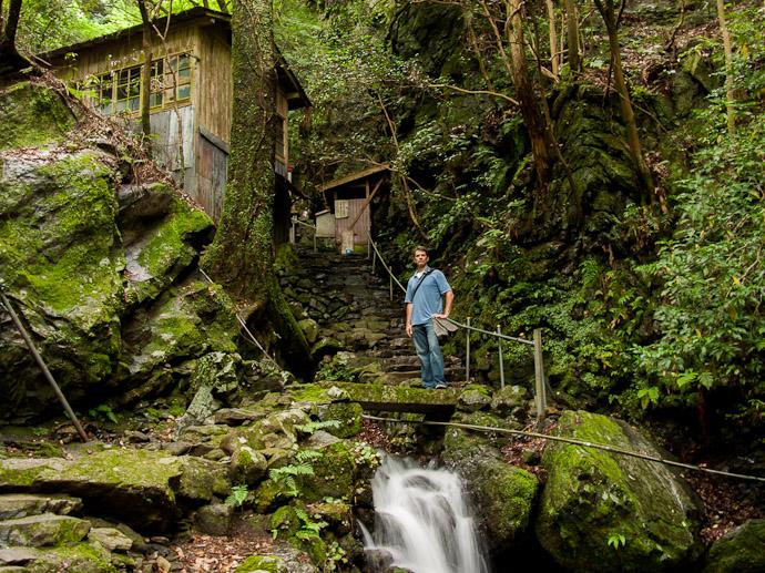Still On The Way photo by Nicolas Joannin  --  Kuuya-taki Waterfall (空也滝)  --  Kyoto, Japan  --  Copyright 2012 Nicolas Joannin, http://regex.info/blog/