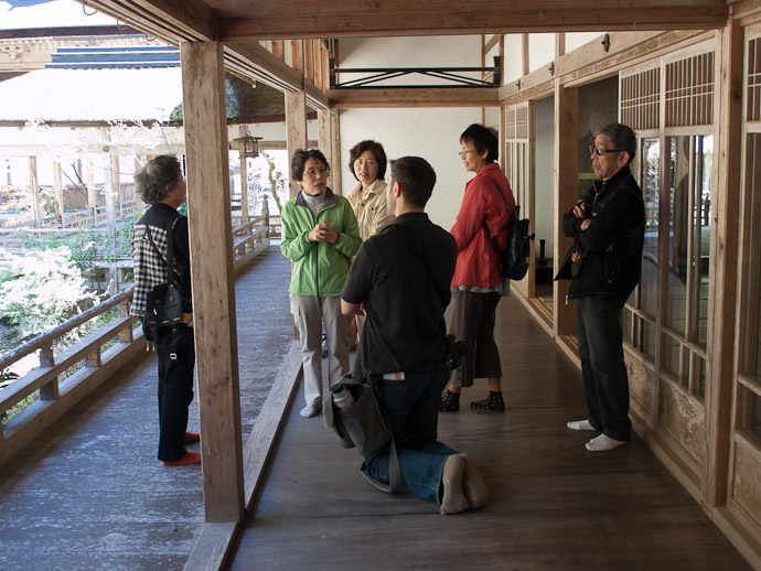 Chatting With Fellow Visitors photo by Nicolas Joannin  --  Kyoto, Japan  --  Copyright 2012 Nicolas Joannin, https://plus.google.com/u/0/116578079434506112628