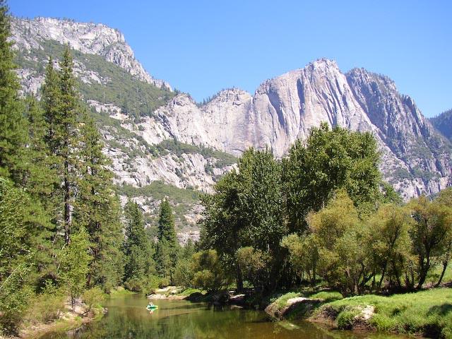 1 / 500 sec, f/2.9, ISO 60 — full exif Yosemite -- Copyright 2006 Katsunori Shimada, http://regex.info/blog/